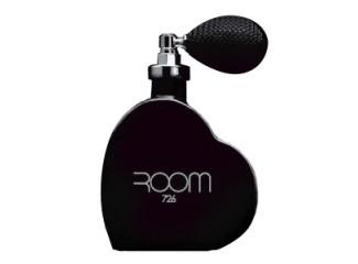 Room 726 Black